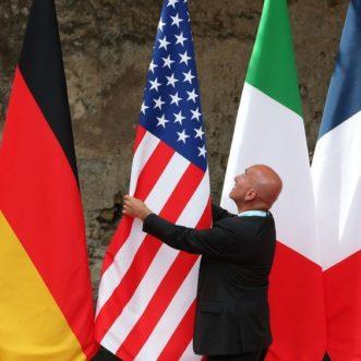 G7 Flags